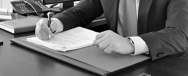 ¿En qué te puede ayudar un abogado experto en extranjería?
